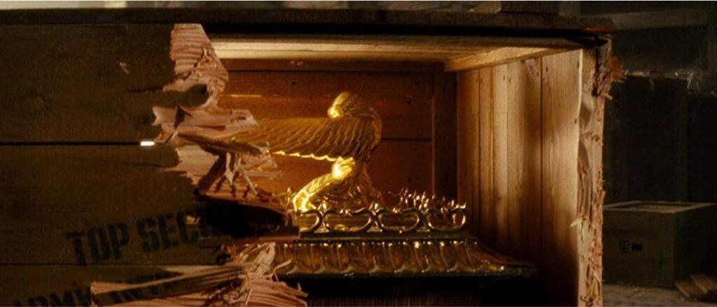 『インディ・ジョーンズクリスタル・スカルの王国』:見所_エリア50に収容された聖櫃≪アーク≫